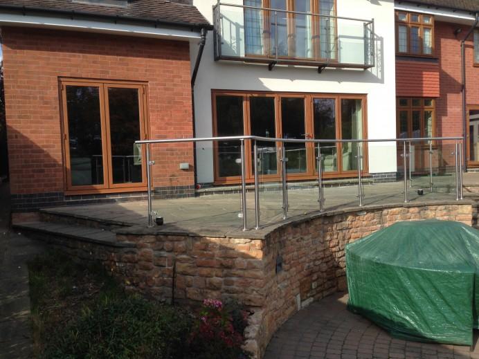 Natural Oak Finish on Aluminium Bi-Fold Doors in Nottingham