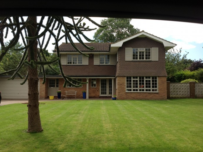 Entire House Fitted with Brand New Windows