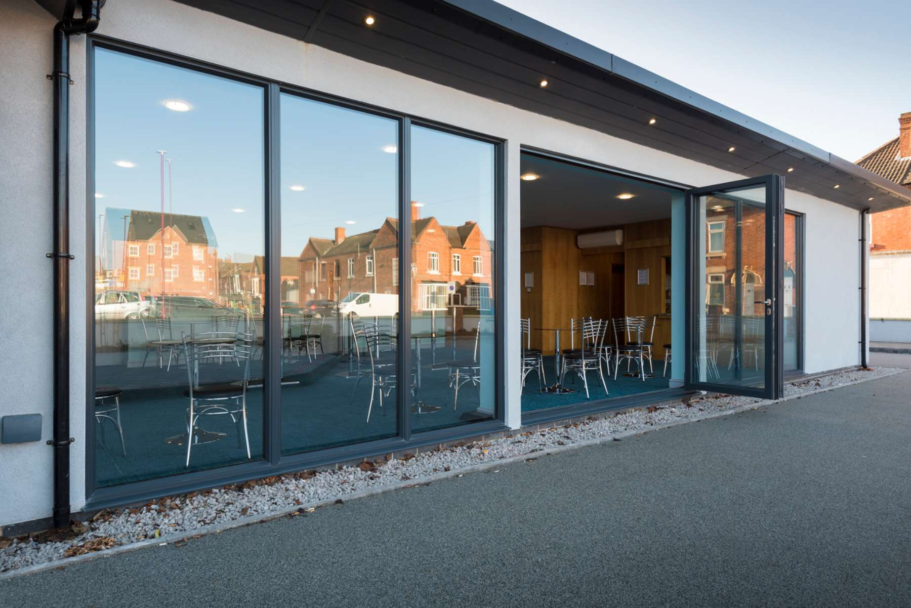 modern aluminium bifold doors nottingham